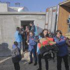 İdlib'de çamur içinde yaşayan aileler sıcak yuvaya kavuşuyor