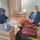 Emekli öğretmen 9 dairesini Türkiye Diyanet Vakfına bağışladı
