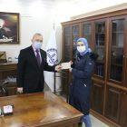 İmam Hatip Lisesi öğrencisi kendisine verilen bursu İdlib'e bağışladı