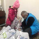 Tokat'ta ihtiyaç sahiplerine kışlık giysi ve gıda yardımı yapıldı