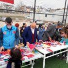Elazığ'da depremzede çocuklara kırtasiye desteği