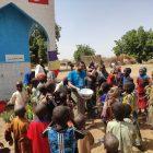 TDV, Çad ve Liberya'da 25 su kuyusu ve vakıf çeşmesini insanlığın hizmetine sundu