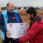 TDV, İdlib, Fırat Kalkanı, Barış Pınarı ve Zeytin Dalı bölgelerinde 30 bin kişiye iftarlık dağıtacak