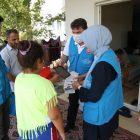 Türkiye Diyanet Vakfı, Manavgat'ta evleri yanan çocuklara tablet hediye ediyor